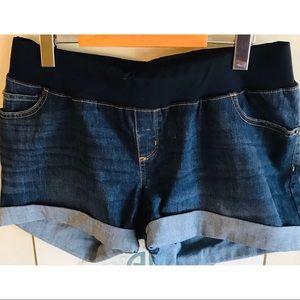 🌸Liz Lange Maternity Shorts